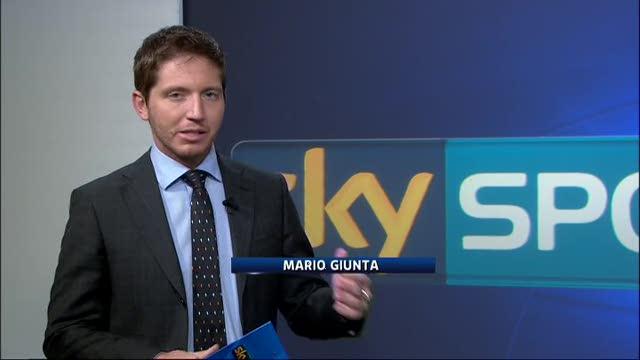 Borja Valero-Inter, striscione tifosi Fiorentina a Corvino: