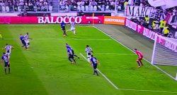 Juve-Lazio, vantaggio bianconero su sospetto fuorigioco: caos al Var, Bastos inganna ma Costa sembra al di là! [VIDEO]