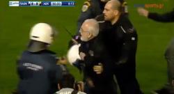 Choc in Grecia, il presidente del Paok invade il campo con la pistola per protestare [VIDEO]
