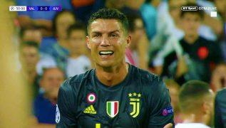 Cristiano Ronaldo espulso in Champions League: il portoghese scoppia in lacrime [VIDEO]